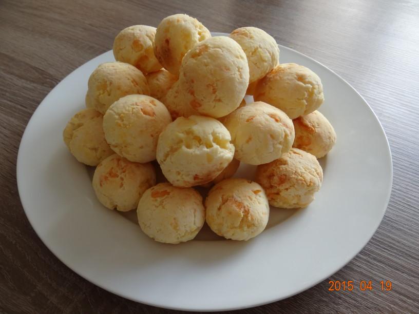 "Brazilski sirovi kruhki - ""Pão de queijo"""
