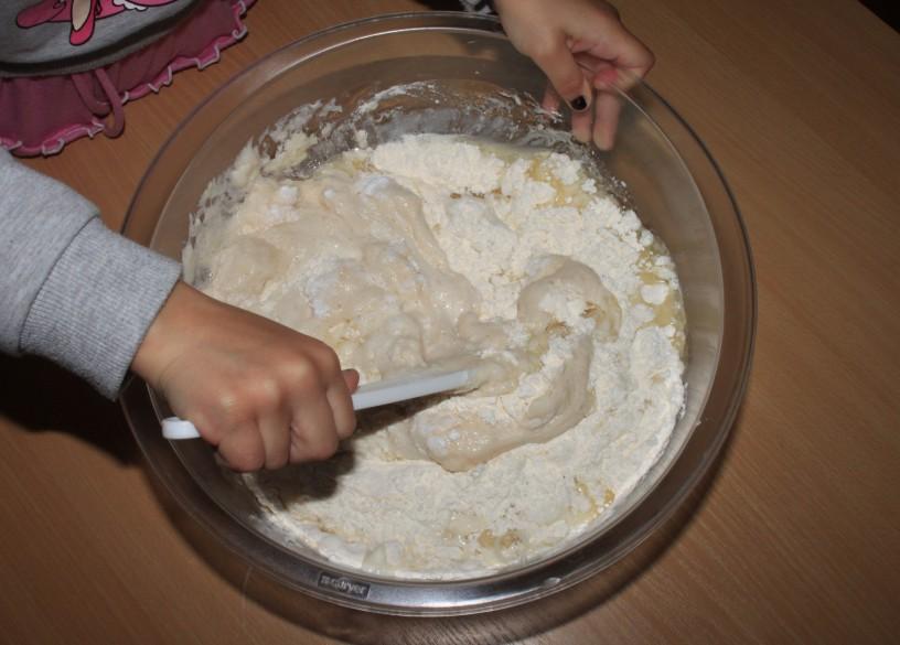 Kifeljci s sirom in šunko – neverjetno okusen prigrizek