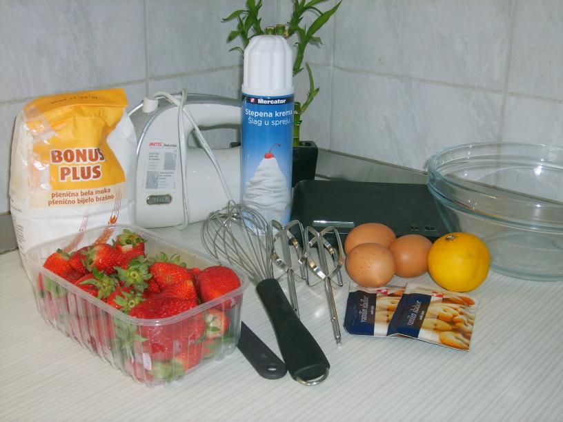 Omleta s kandiranimi jagodami