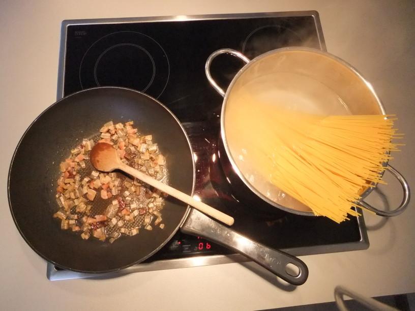 Špageti carbonara - pripomočki: