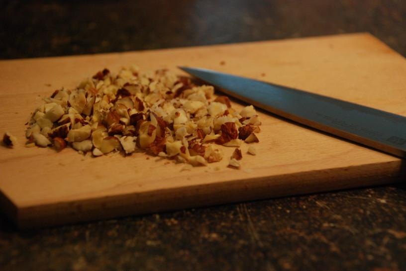 Delo si lahko olajšamo tako, da kupimo mlete oreščke.