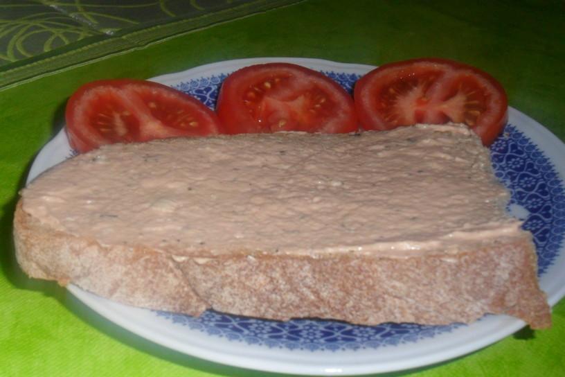 Okusna tunina pašteta