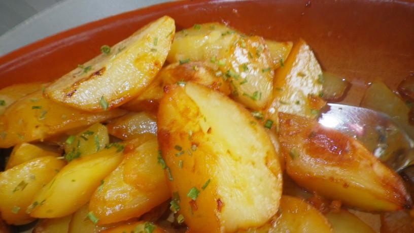 Nasvet za peko pečenke s krompirjem
