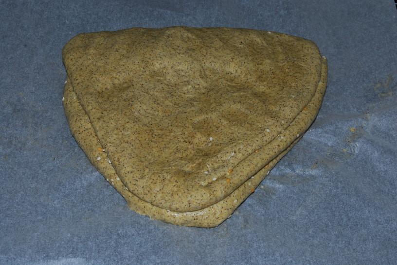 konopljin-hlebcek-s-semeni-7