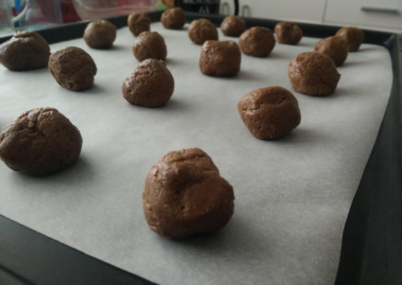 Krhki čokoladni piškoti