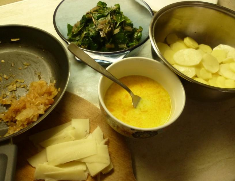 krompirjeva-musaka-z-blitvo-1