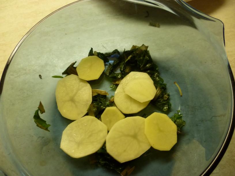 krompirjeva-musaka-z-blitvo-2