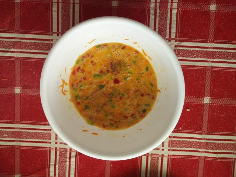 Zelenjavna-omleta-s-feta-sirom-3