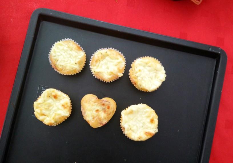 buckini-muffini-s-sunko-in-sirom-7