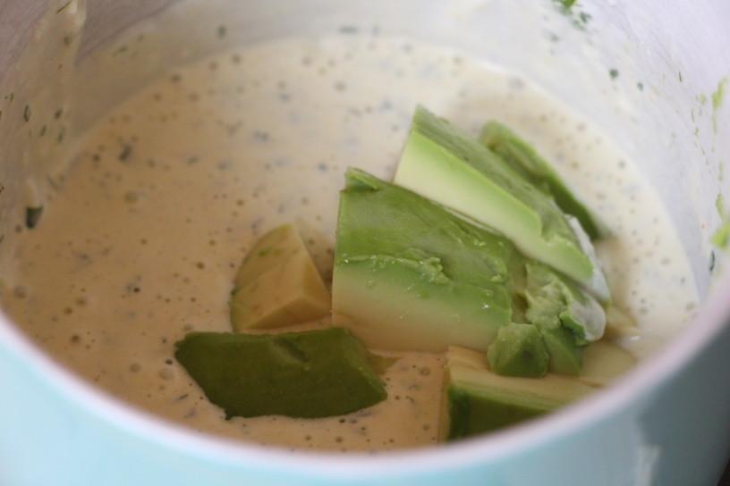 mladi krompir z zelenim prelivom (4)