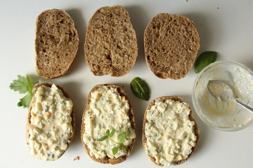 sirovi sendvici z jajcnim namazom (17)