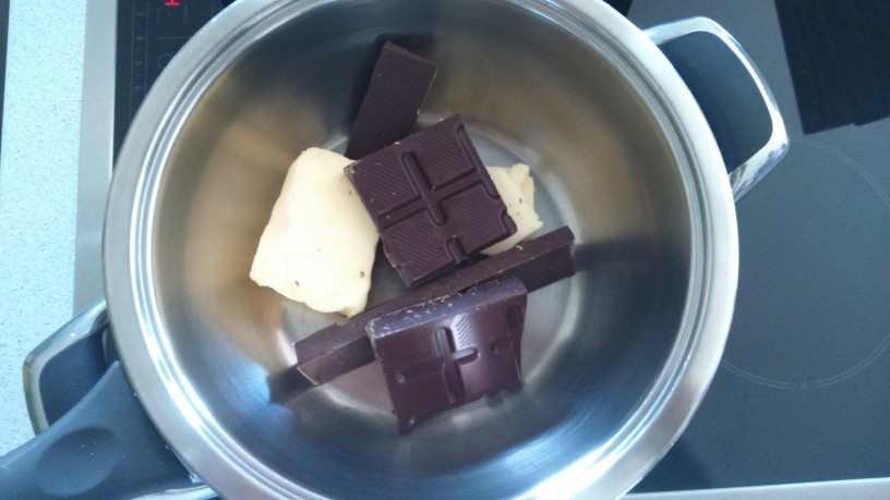 Čokoladno sadni sufle