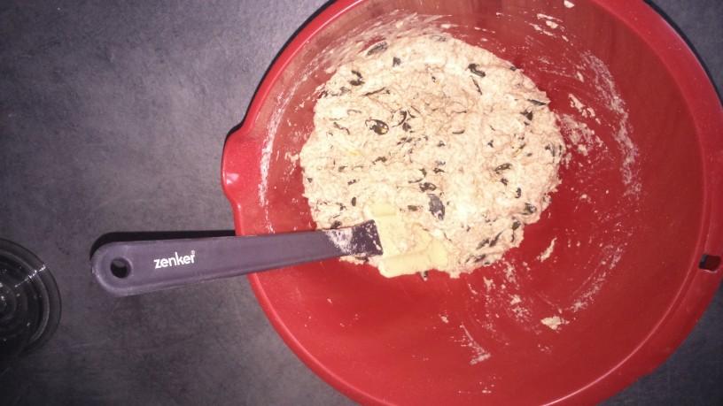 domac pirin kruh z bucnicami (4)