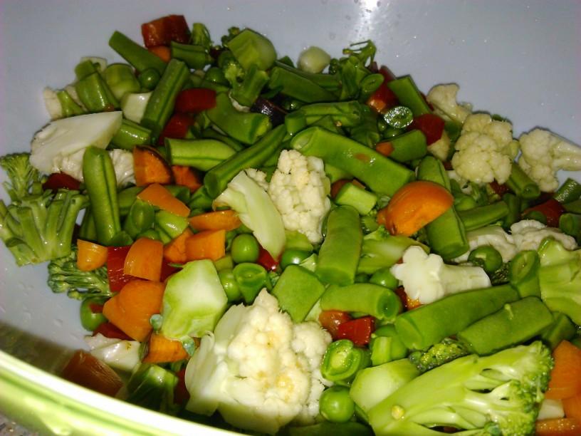 zelenjavna-minestra-s-cmocki (3)