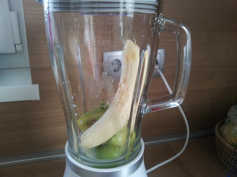 Nasiten napitek banana - avokado