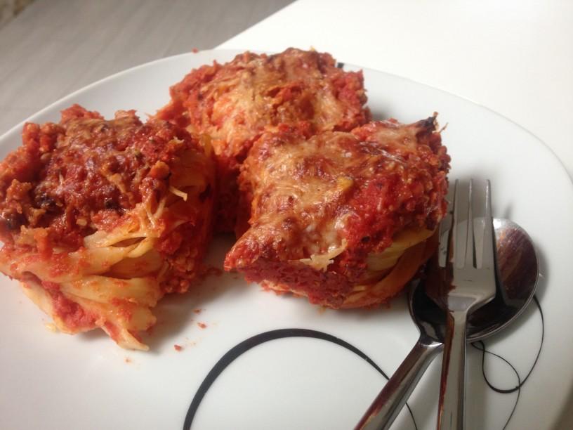 Prikupne rozice s sojino bolognese omako (13)