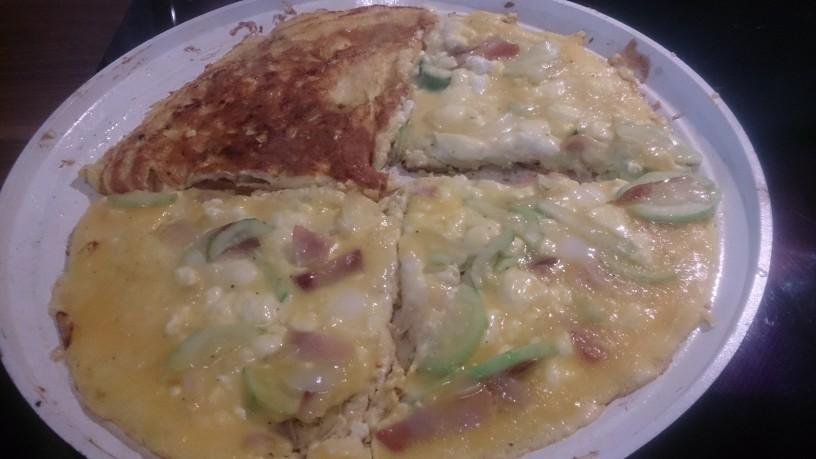 Okusna omleta oz. fritata z bučkami