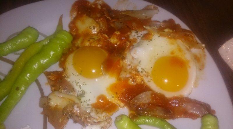 Jajce na oko ala pica