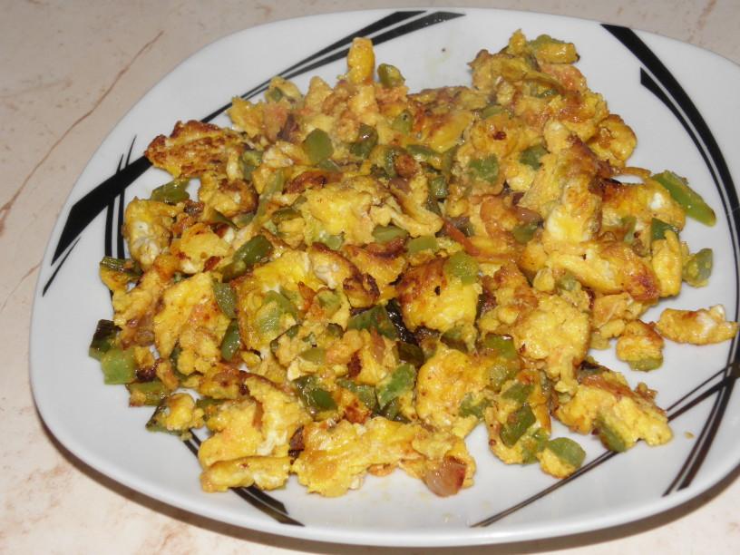 Zelenjavno-jajčna omleta