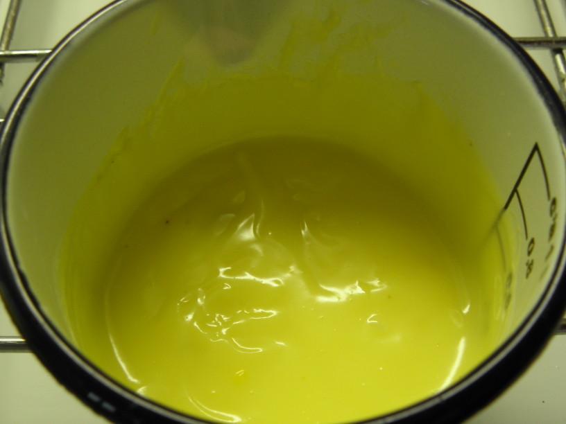 Orehov biskvit z vaniljevo kremo 8