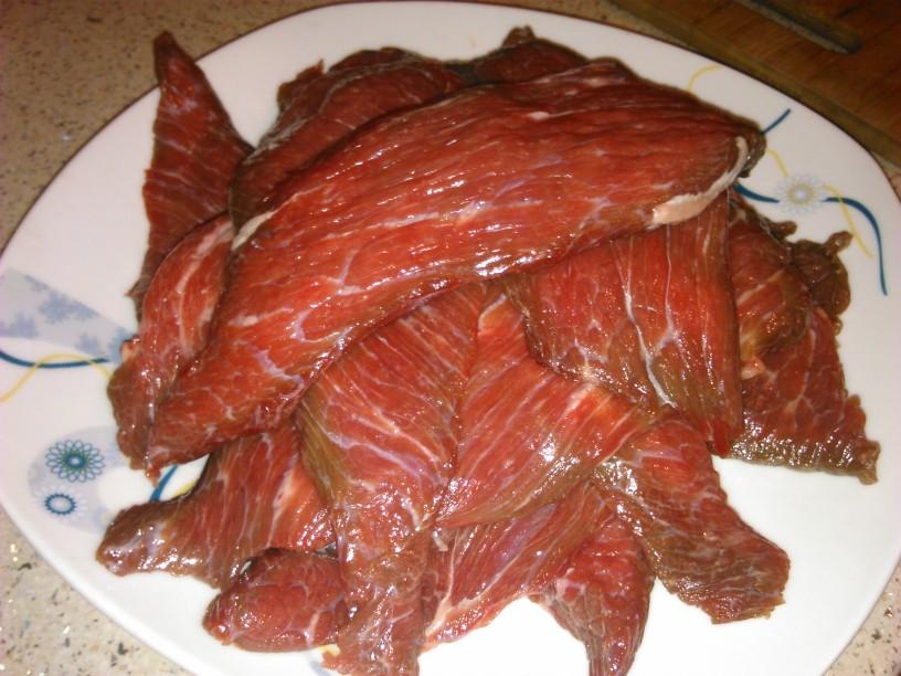 Goveji zrezki v omaki - tako zelo mehki