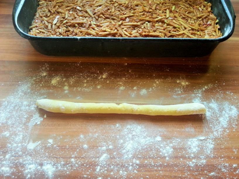 Klasicna-jabolcna-pita-8