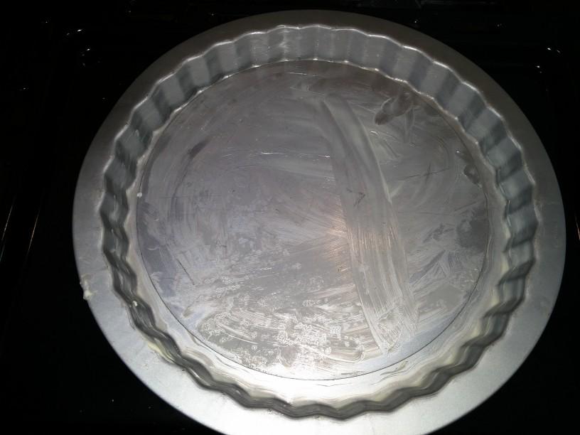 Omamna jabolčna pita z vanilijevo kremo
