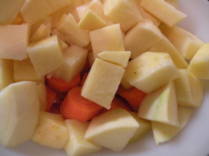 zelenjavna-minestra-s-kvinojo-6