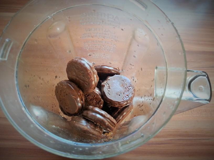 Cokoladne-kroglice-na-hitro-3