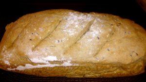 Pirin kruh brez gnetenja in vzhajanja