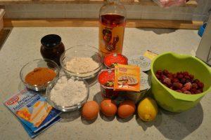 Božanska jogurtova tortica s sadjem