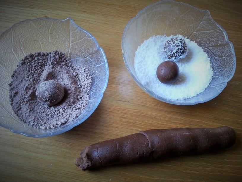 Cokoladne-kroglice-na-hitro-9