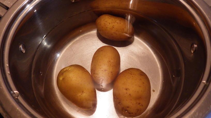 polnjen-krompir