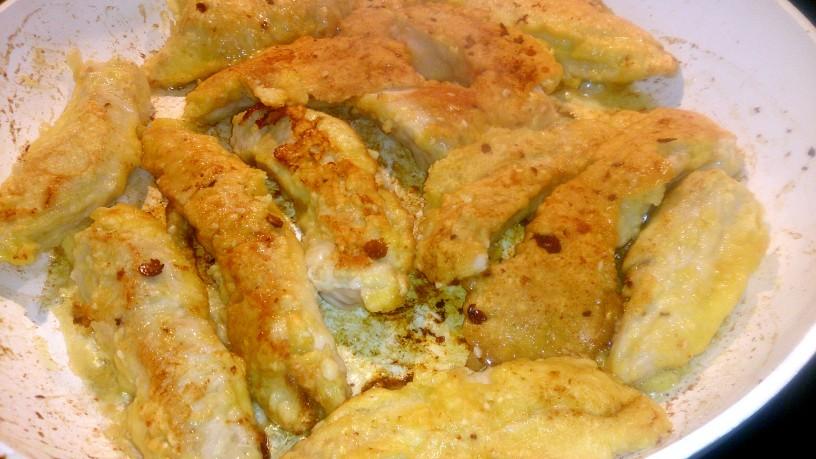 Piščanec s sezamom in tatarsko omako