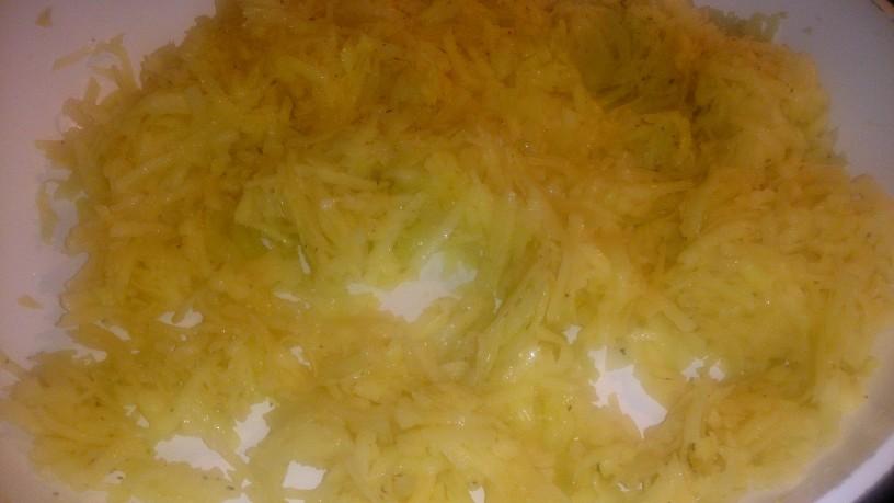 Hrustljav krompirjev burek
