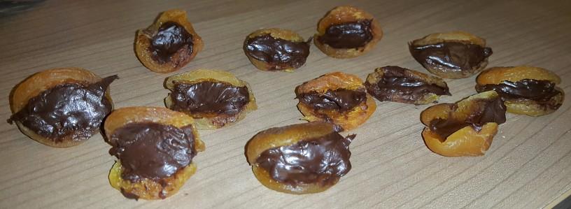 bananini-mafini-s-cokoladno-marelico-6