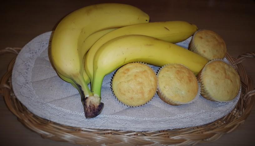 bananini-mafini-s-cokoladno-marelico-7