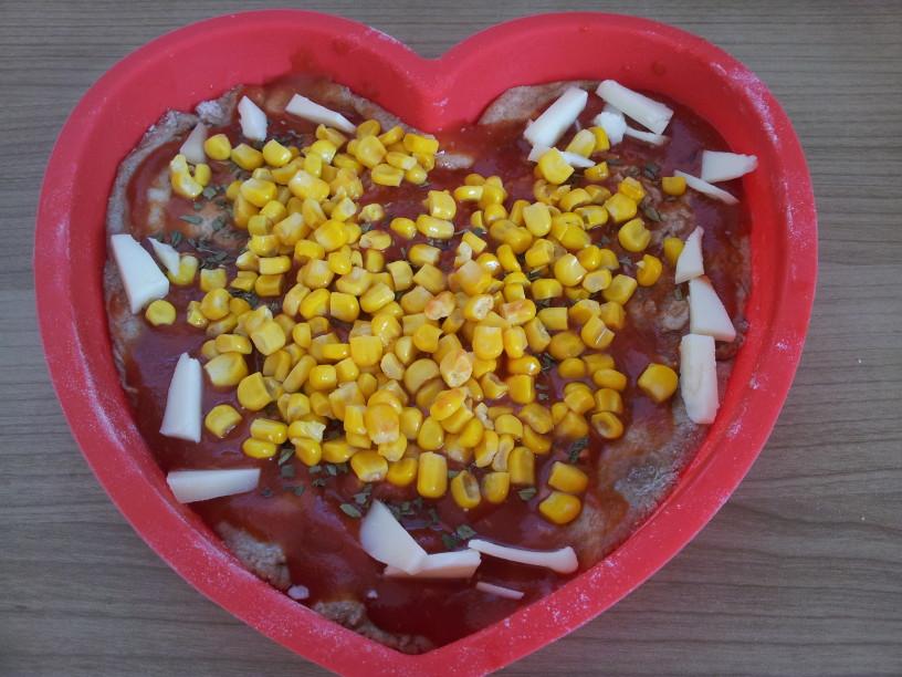 pica-iz-pirinega-testa-za-valentinovo