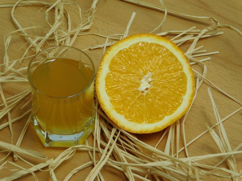 pomarancni-liker