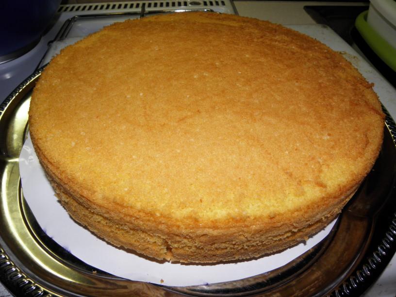 Ananasova torta 4