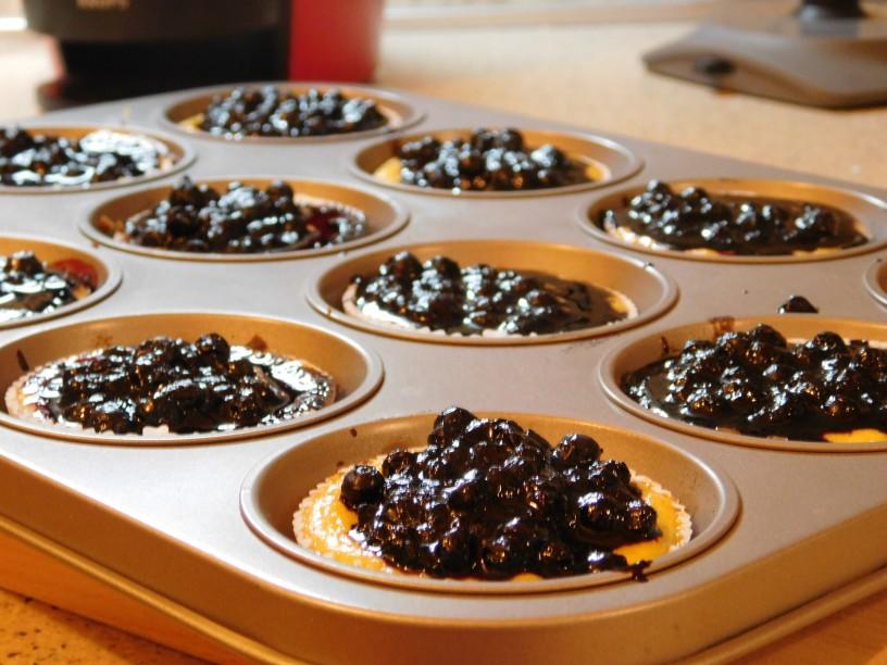 borovnicevi-cheescake-muffini (15)