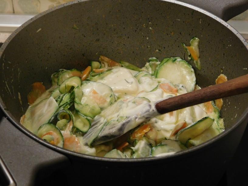 hitro-pripravljena-omaka-iz-buck-in-korencka (4)