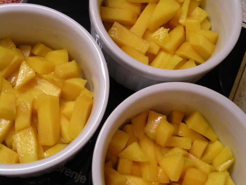 mango-v-kremi-s-karamelno-skorjo