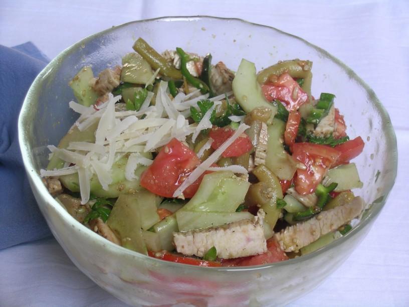 prehransko-uravnotezena-solata-za-vecerjo-3