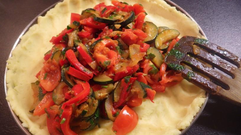 zelenjavna-pita-s-krompirjevo-skorjo-9