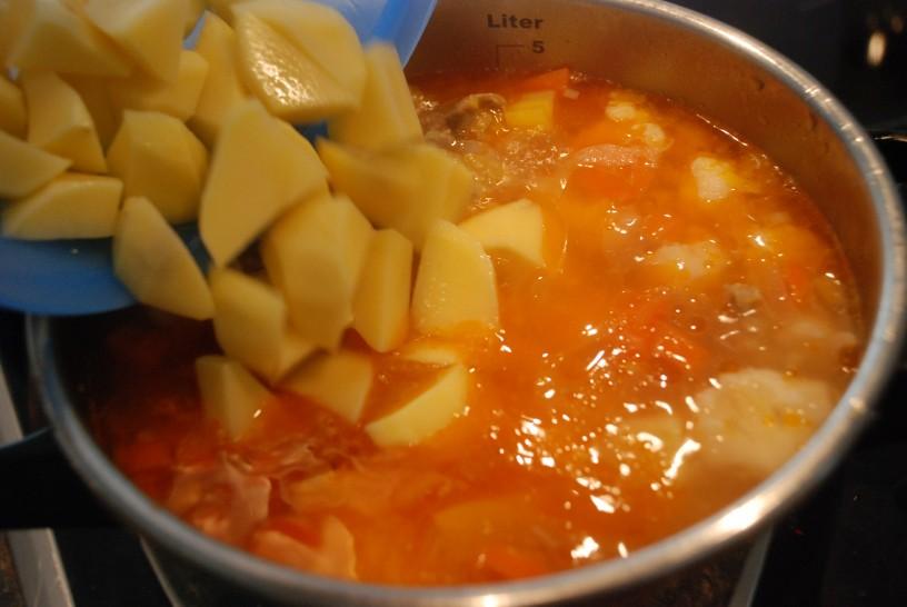 Zelenjavno-piscancja-minestra-7
