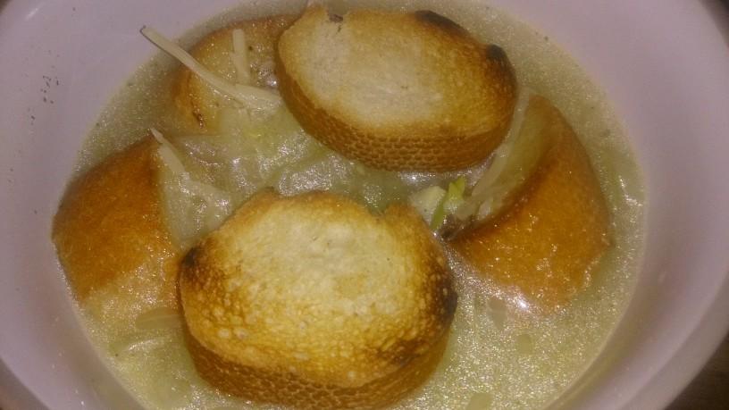 Odlična čebulna juha