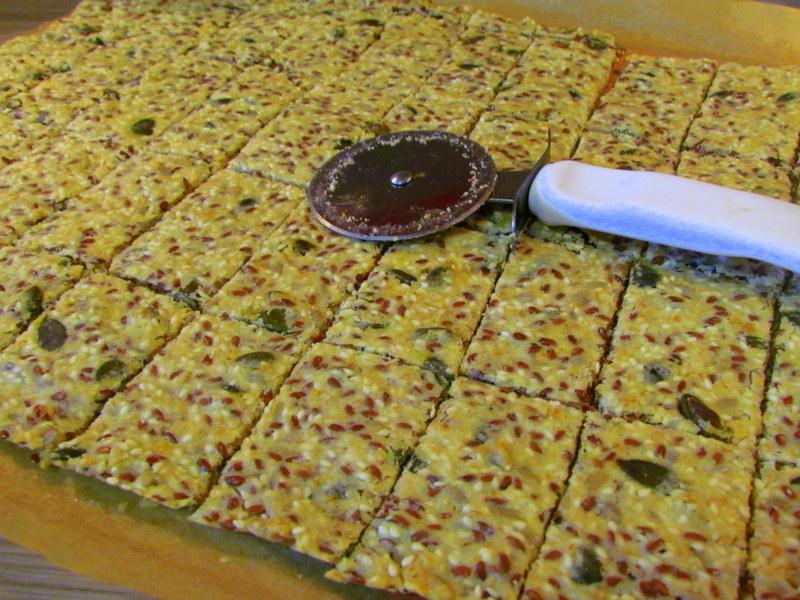 hrustljavi-kruhki-s-semeni-7