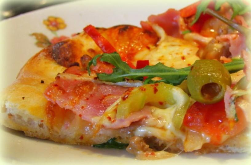 odlicna-pizza-s-testom-brez-genetenja-6