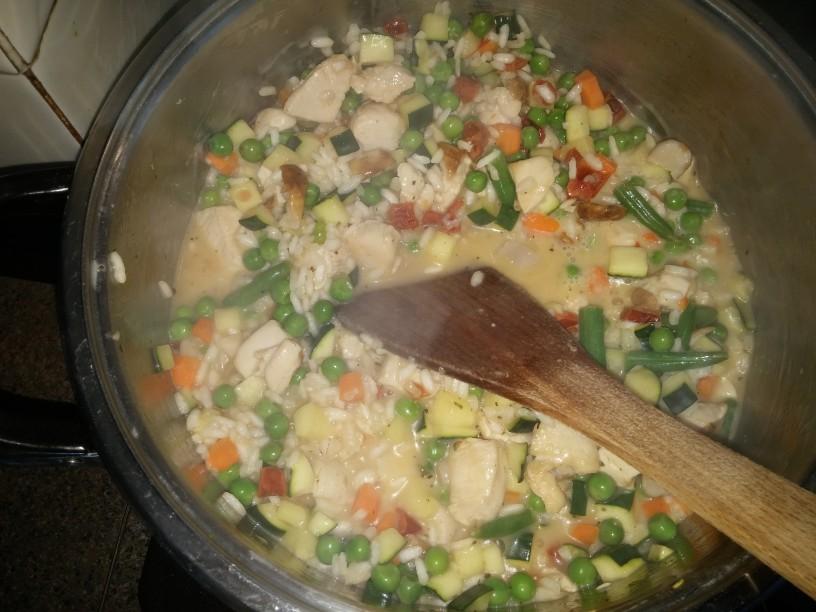 Pisana zelenjavna rižota s piščancem
